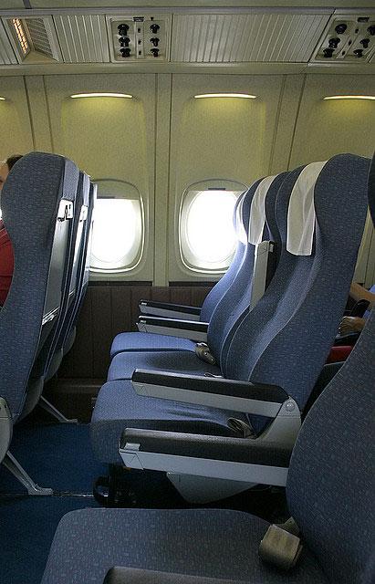 http://www.avia-charter.ru/i/il_62_2_big.jpg